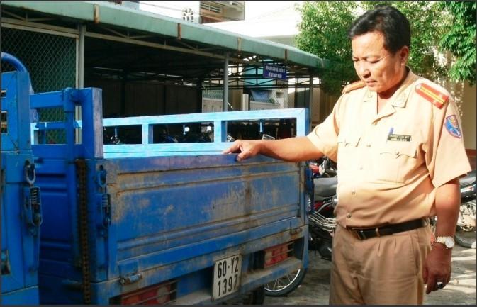 Xe ba gac: Tạm giữ 21 xe ba gác máy Trung Quốc dùng biển số giả